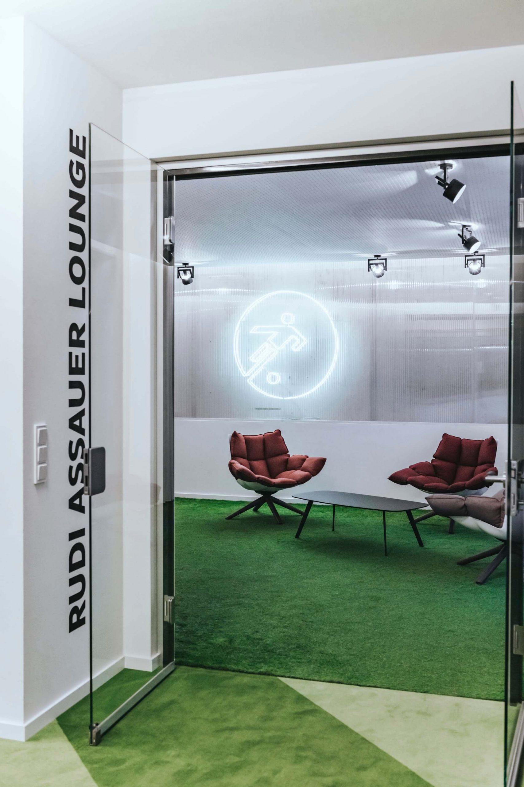 Onefootball Startup Büro TKEZ Architekten Rudi Assauer