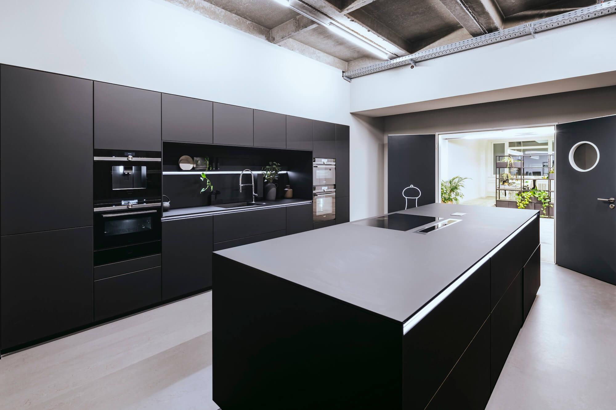 Open Space Büro Startup Kitchen Stories Architekturbüro TKEZ BSH Küche