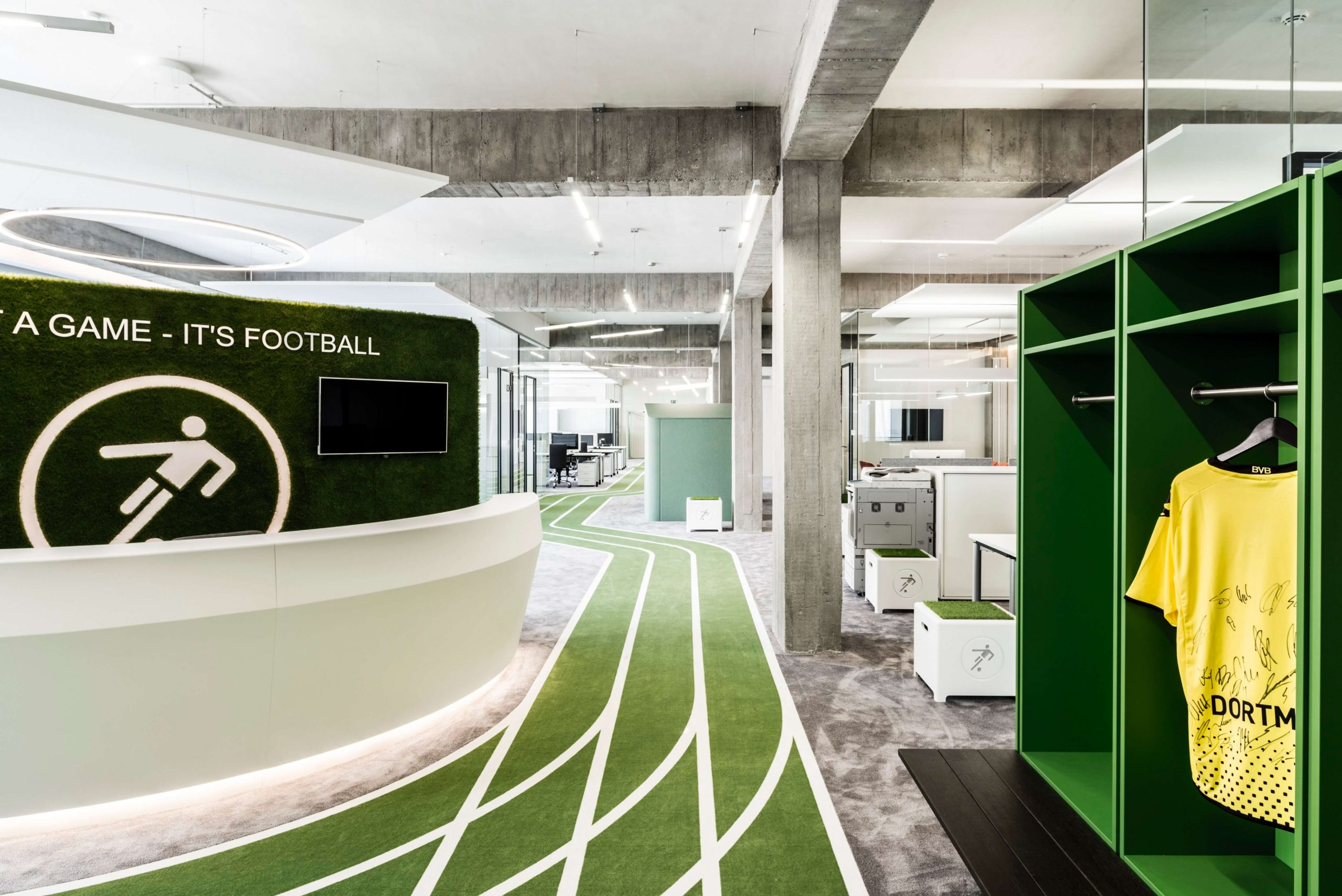 Startup Onefootball Office Design TKEZ Architekten Sportbahn