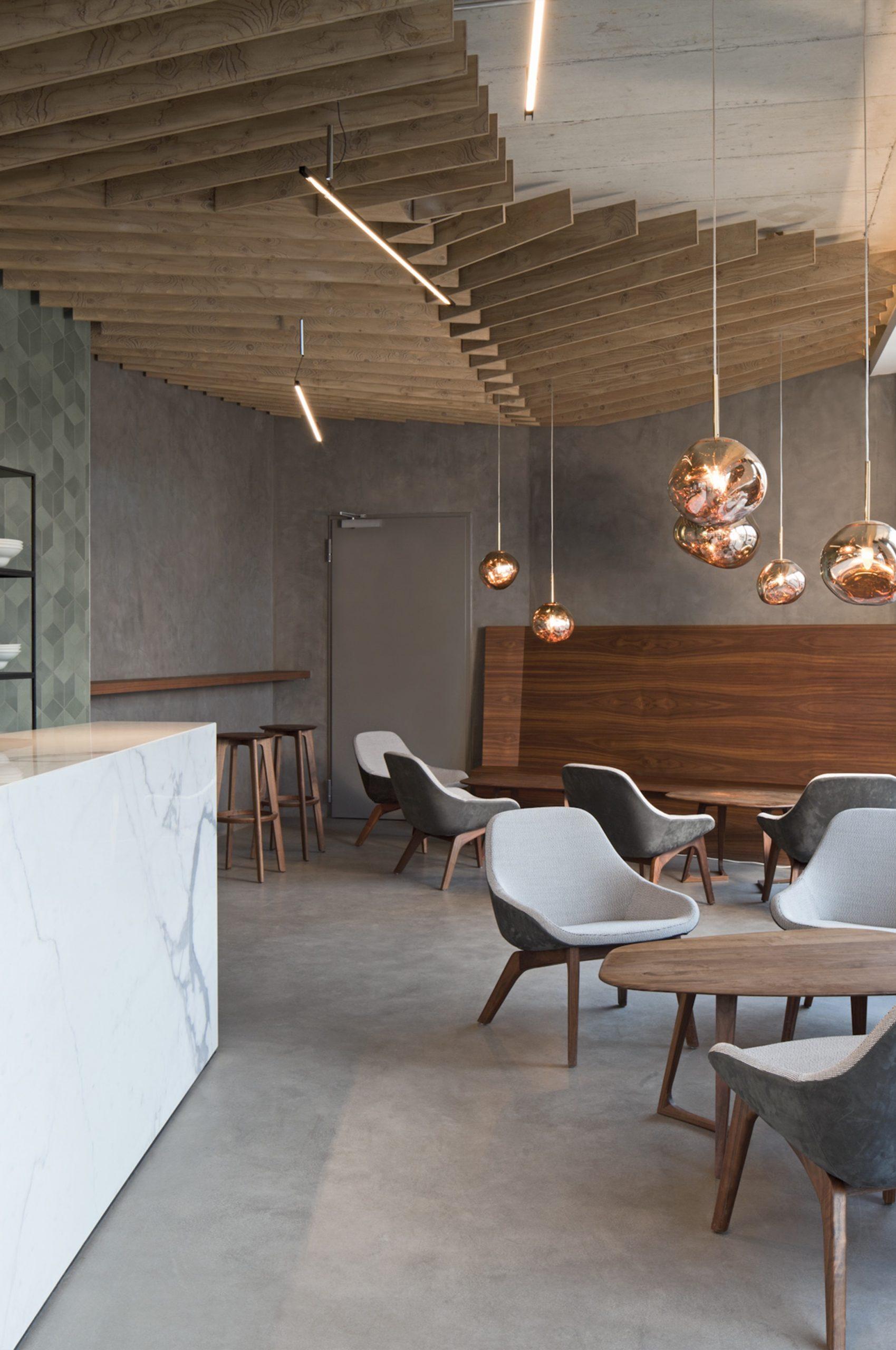 Inneneinrichtung Café Wagners München TKEZ Architekturbüro Innenansicht mit Interieur