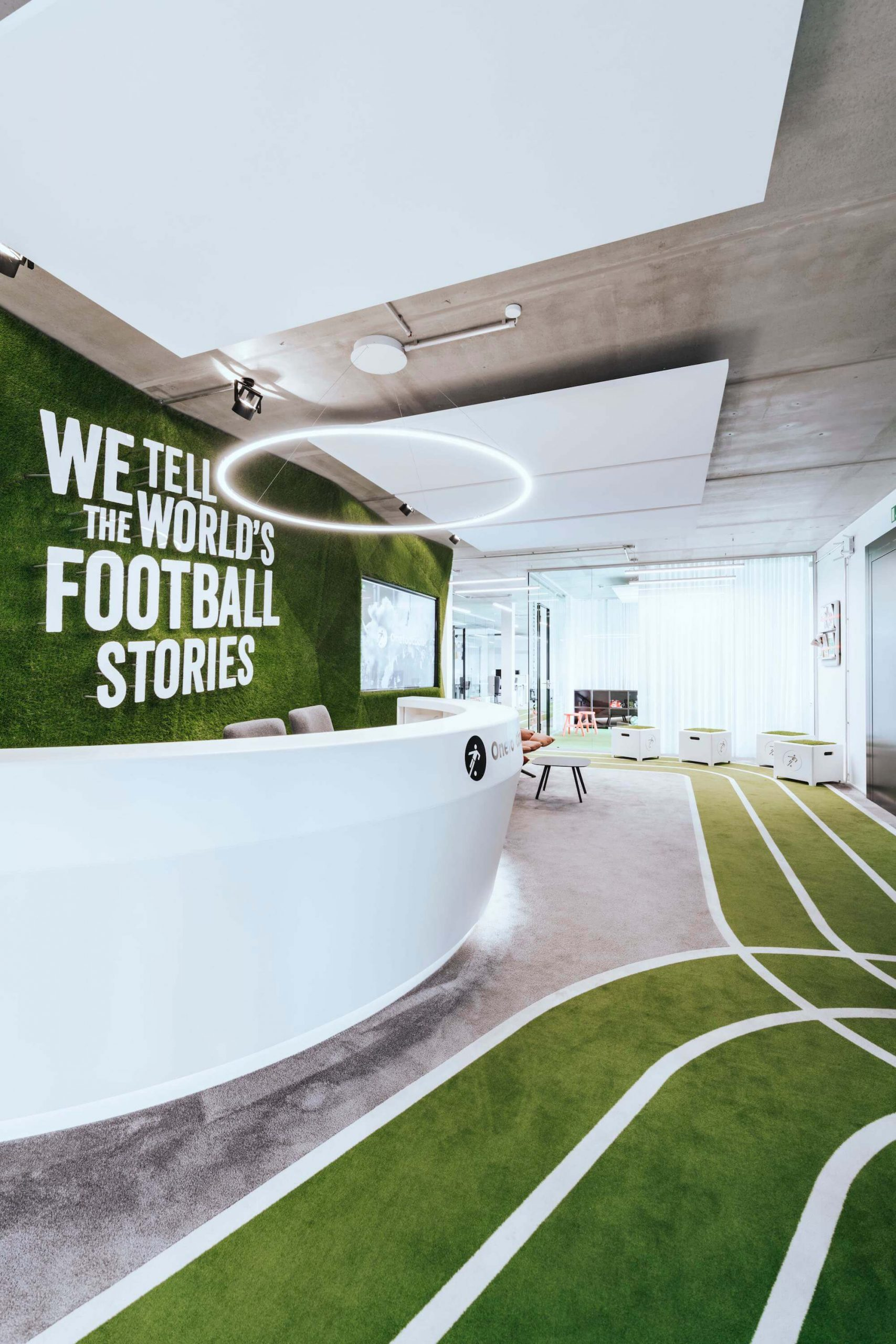 Onefootball Startup Büro TKEZ Architekten Empfang Football Stories