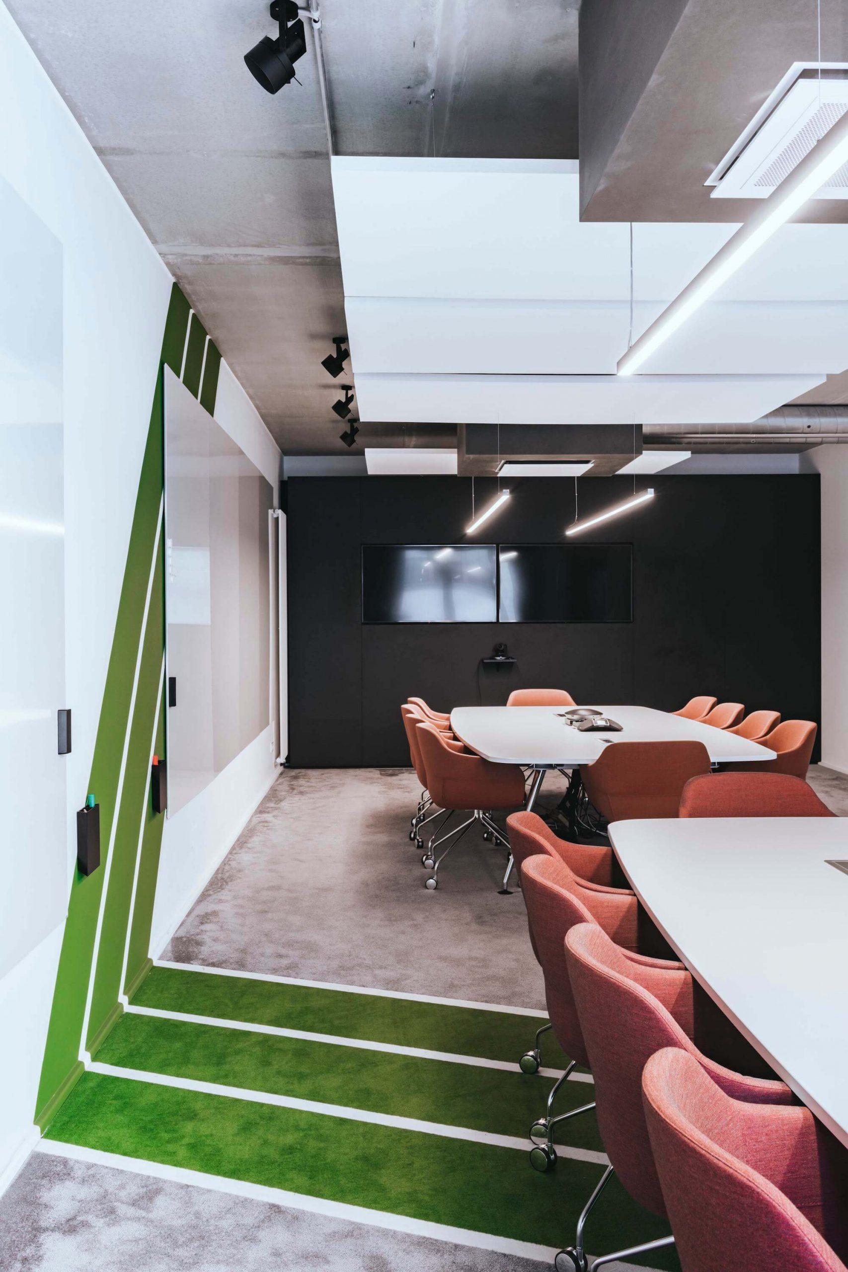 Onefootball Startup Büro TKEZ Architekten Rudi Assauer Lounge Sessel