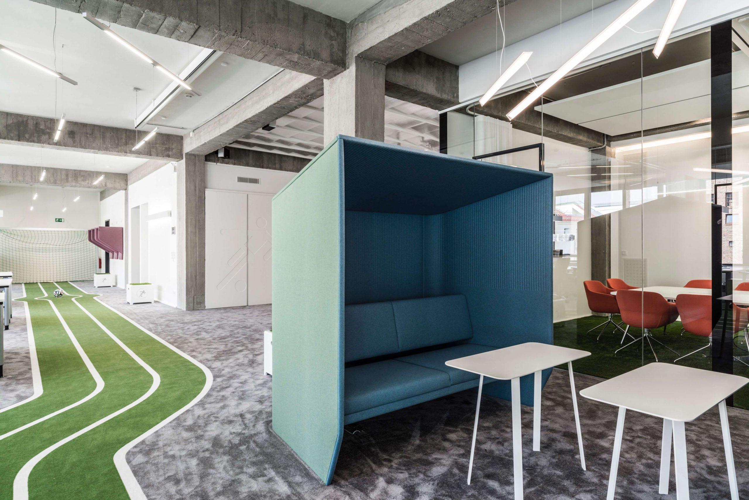 Startup Onefootball Office Design TKEZ Architekten Akustikmöbel